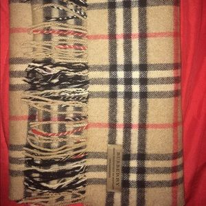 Classic vintage Burberry scarf